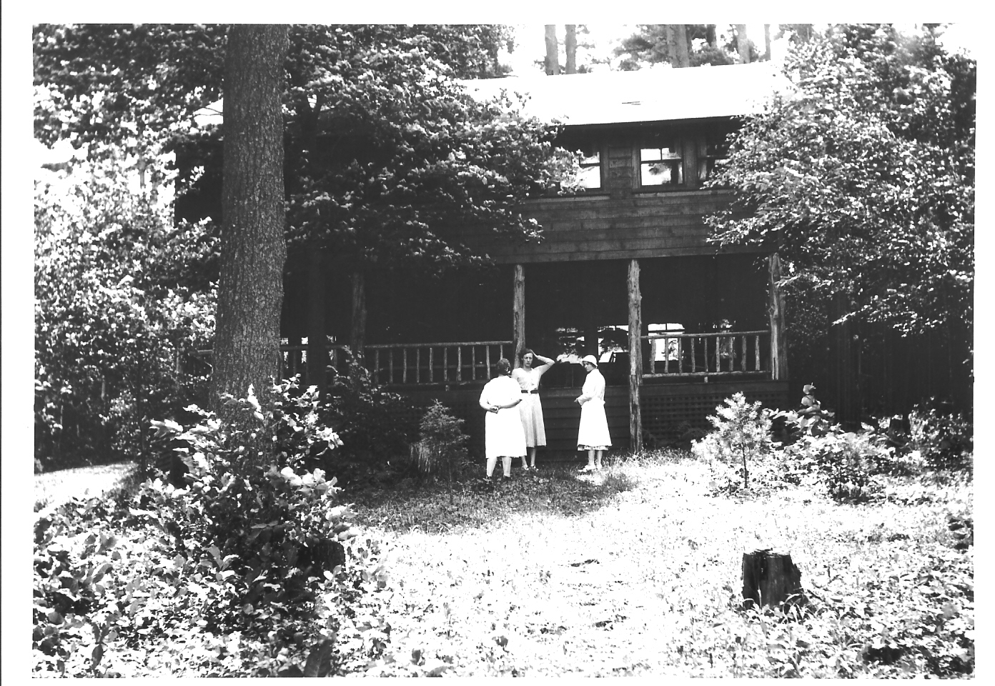 Catherine(center)_ Marge Muller, Gardiner Cottage
